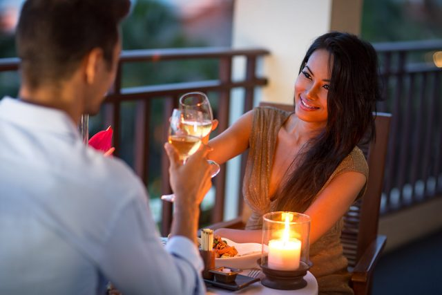 Romantic Honeymoon Night Ideas
