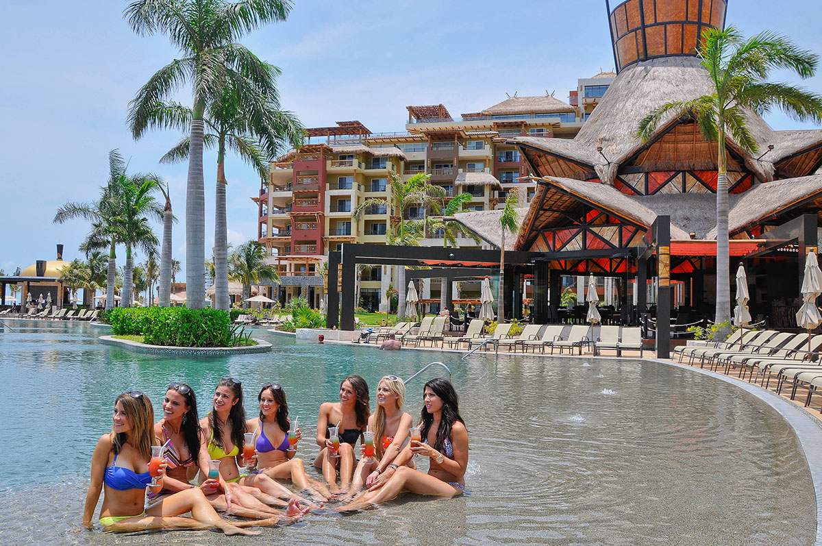 Bachelorette Vacations in Cancun